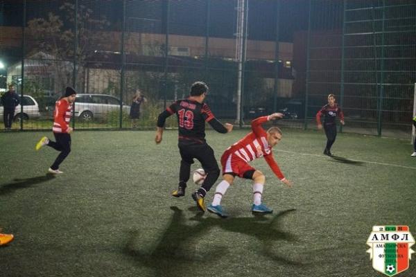 Зрелищната надпревара в АМФЛ - Варна продължи с 2 мача в понеделник вечер