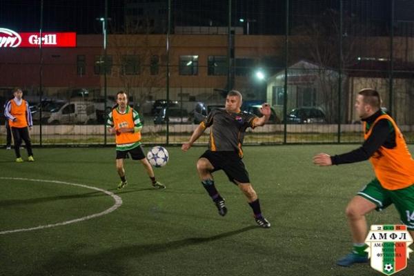 Арарат се разигра за 8:4 срещу Форест (Варна)