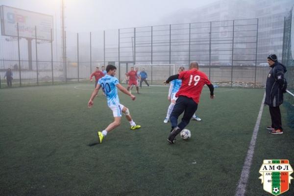 Зрелищно реми между МФК Тича и МФК Балерини в дербито на кръга