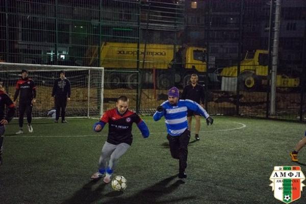 """Пластхим (Аксаково) взе битката на """"симпатичните"""" в Лига 2 срещу отбора на МФК Импакт за крайното 9:5"""