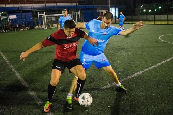 Fullmax с първа победа в Premier лигата на АМФЛ-Варна след обрат от 0:3. Резултатни мачове в останалите три турнира